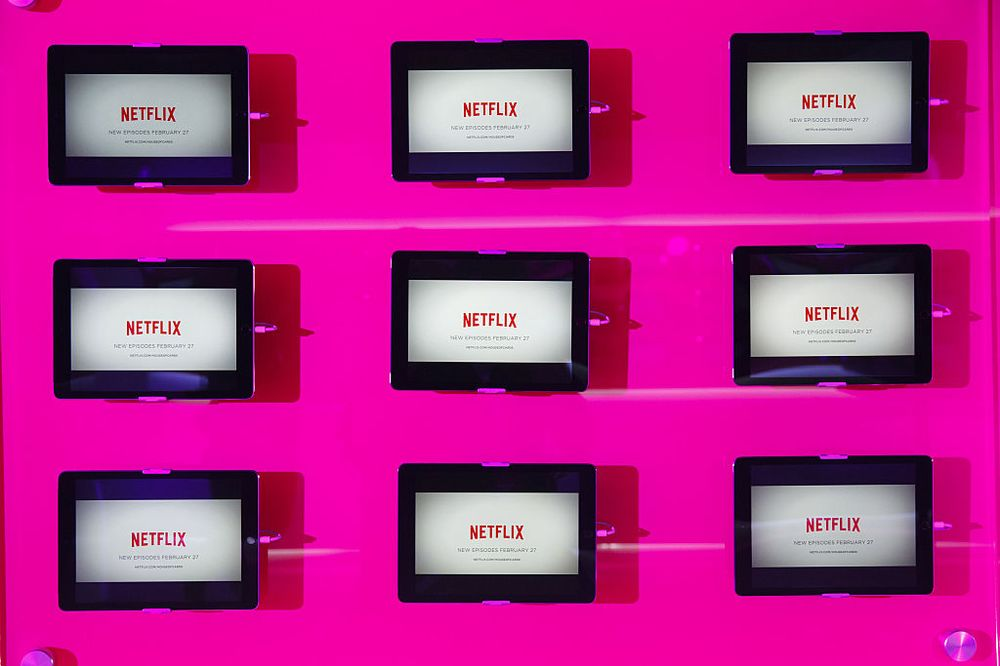 Netflix Is Smart to Bet the House on Content - Bloomberg