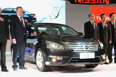 Nissan's Teana Tests Chinese Willingness to Buy Japanese