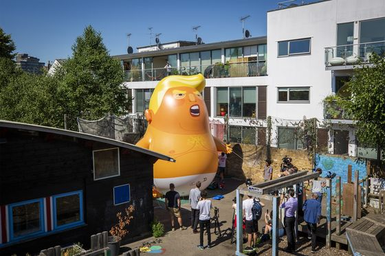 London Will See Two Trumps: The President and a Balloon Parody