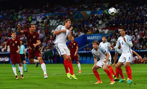 England vs. Russia in the Euro 2016.