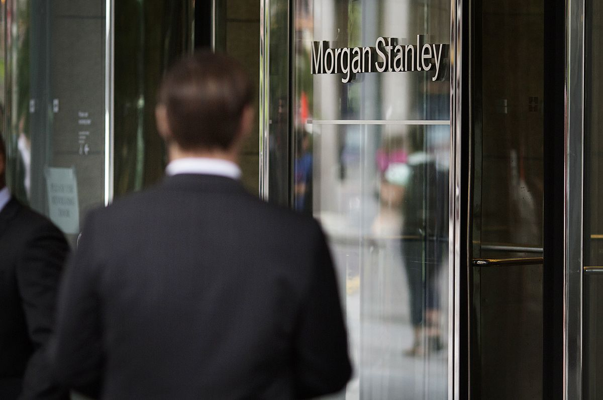 Morgan Stanley Plans $2,500-an-Hour Analyst Fees - Bloomberg
