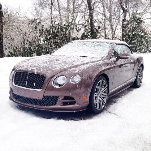 Darker, muted tones do better under darker skies, asthis Bentley Continental GT Speed shows.