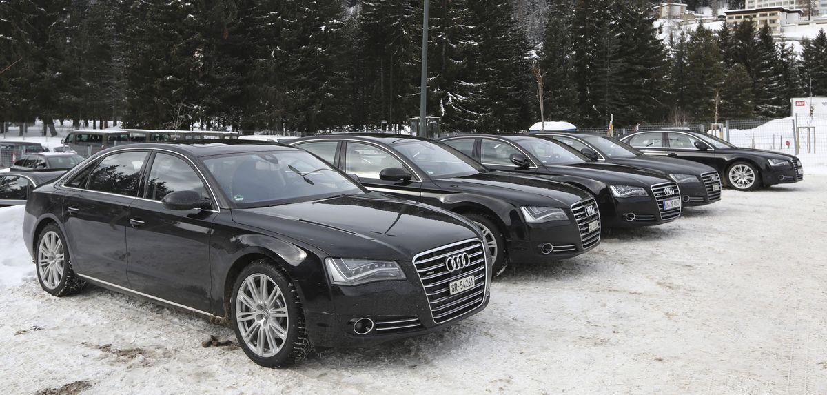 It's Limos Versus Locals When the Elite Gather for Davos