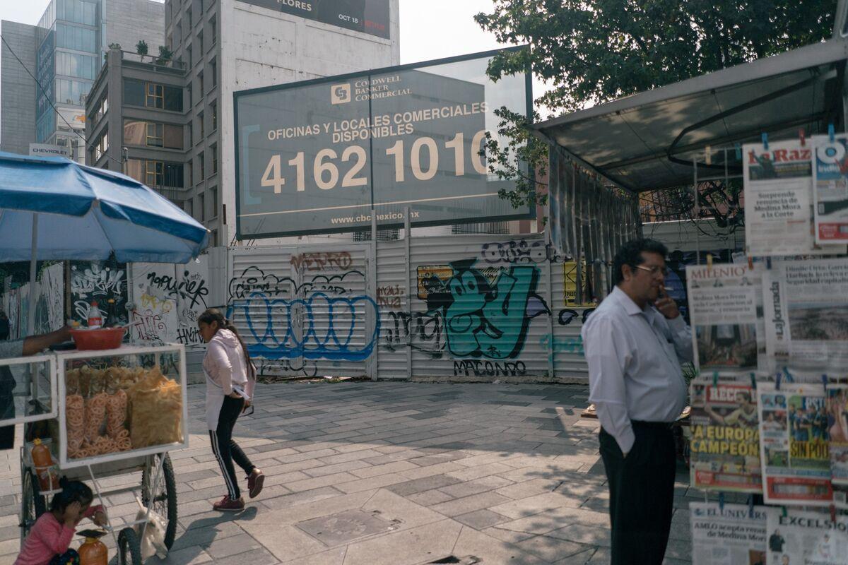 Mexico City Cracks Down on Graft So Hard It Hurts the Economy