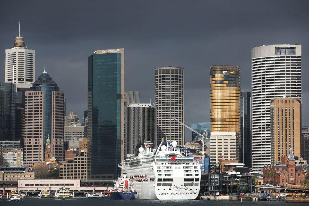 Banker Bonuses Face Crackdown in Australia After Scandals