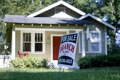 Sales of Existing Homes Unexpectedly Rise