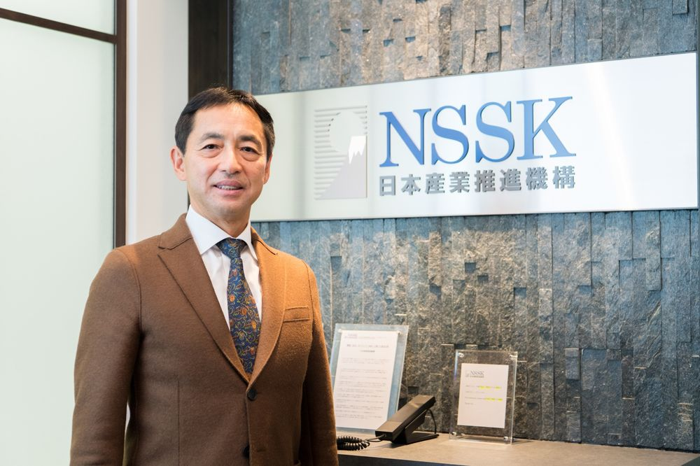 Business Bloodlines Die Out as Asian Owners Opt for Buyouts