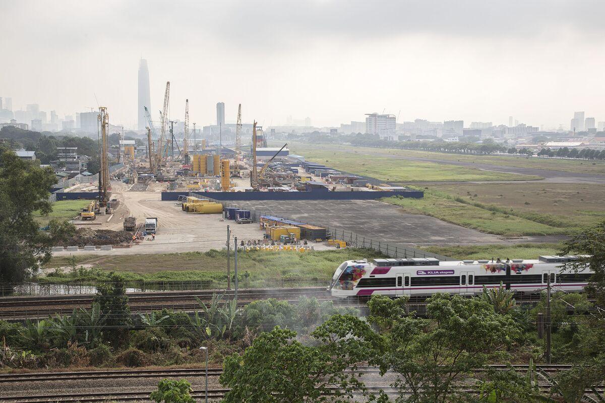 Malaysia Revives $34 Billion Transport Hub Started by 1MDB