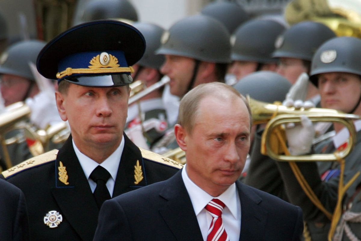 Who performed General Zolotov