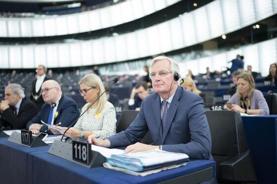 EU May Give Brexit Negotiator Barnier Top Job in French Push
