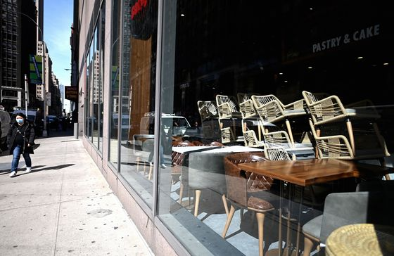 Overwhelmed by the Virus, theGolden Age of Restaurants Is Over