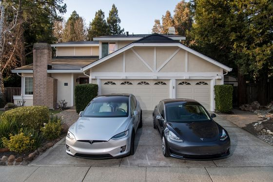 Tesla Customers Sue Over Surprise Price Increases for Solar Roof