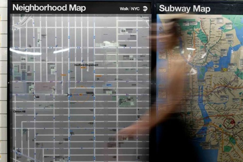 Nyc Neighborhood With Subway Map.New York City S Subways Get 468 New Neighborhood Maps Bloomberg