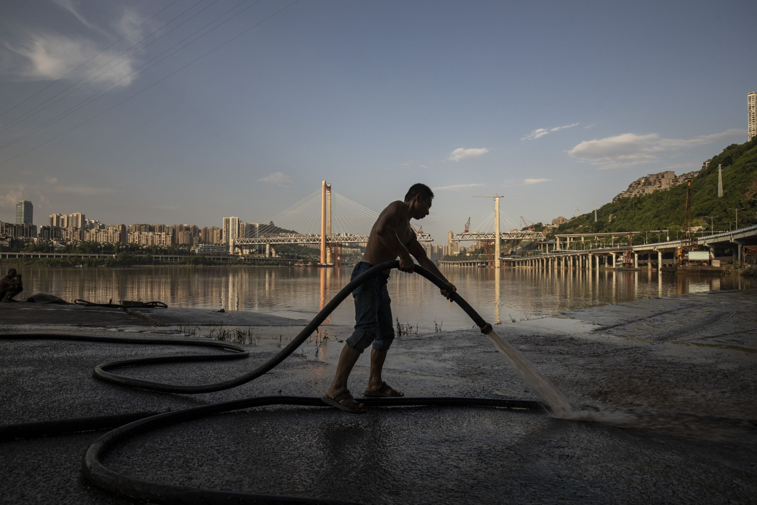 relates to After 500 Years Trying to Tame Fatal Floods, China Tries a New Way