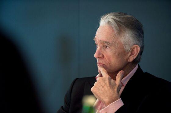 Investors Blast 'Terrible' $12 Million Deal for Goldcorp Chair