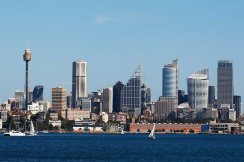 Sydney skyline seen from the suburb of Point Piper.
