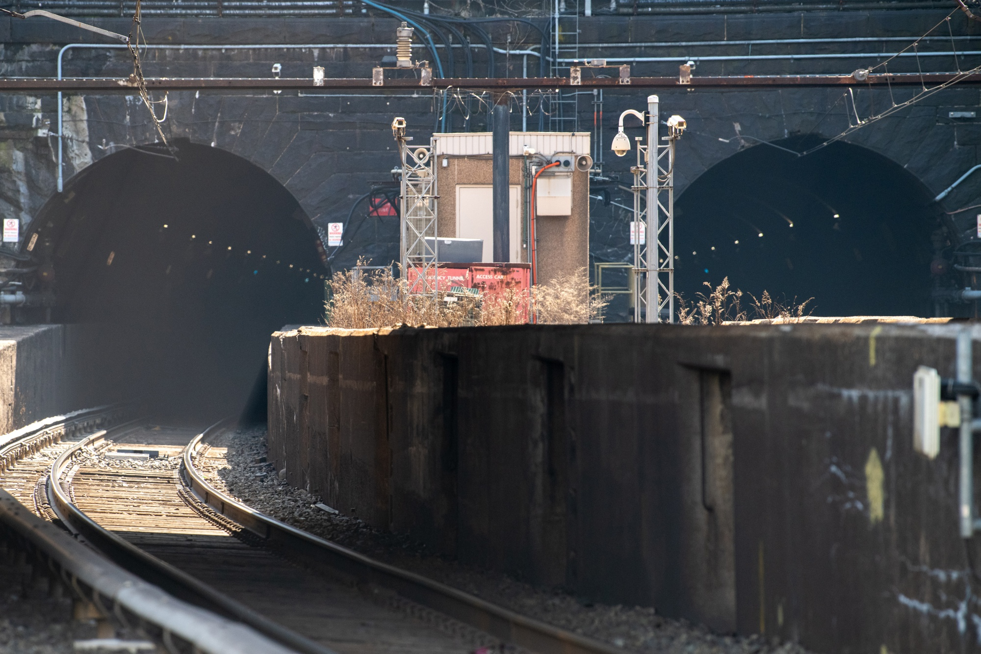 Commuter Trains As Hudson Tunnel Is Being Held Captive By Trump Without Plan B