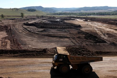 Mongolia Spending Glut Risks Bust on Commodity Outlook