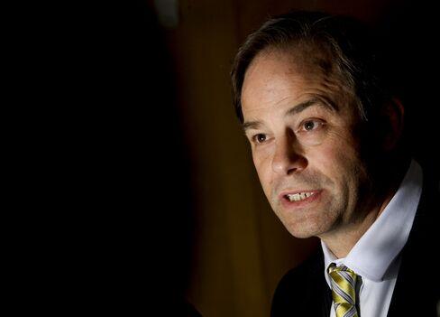 Santos CEO David Knox