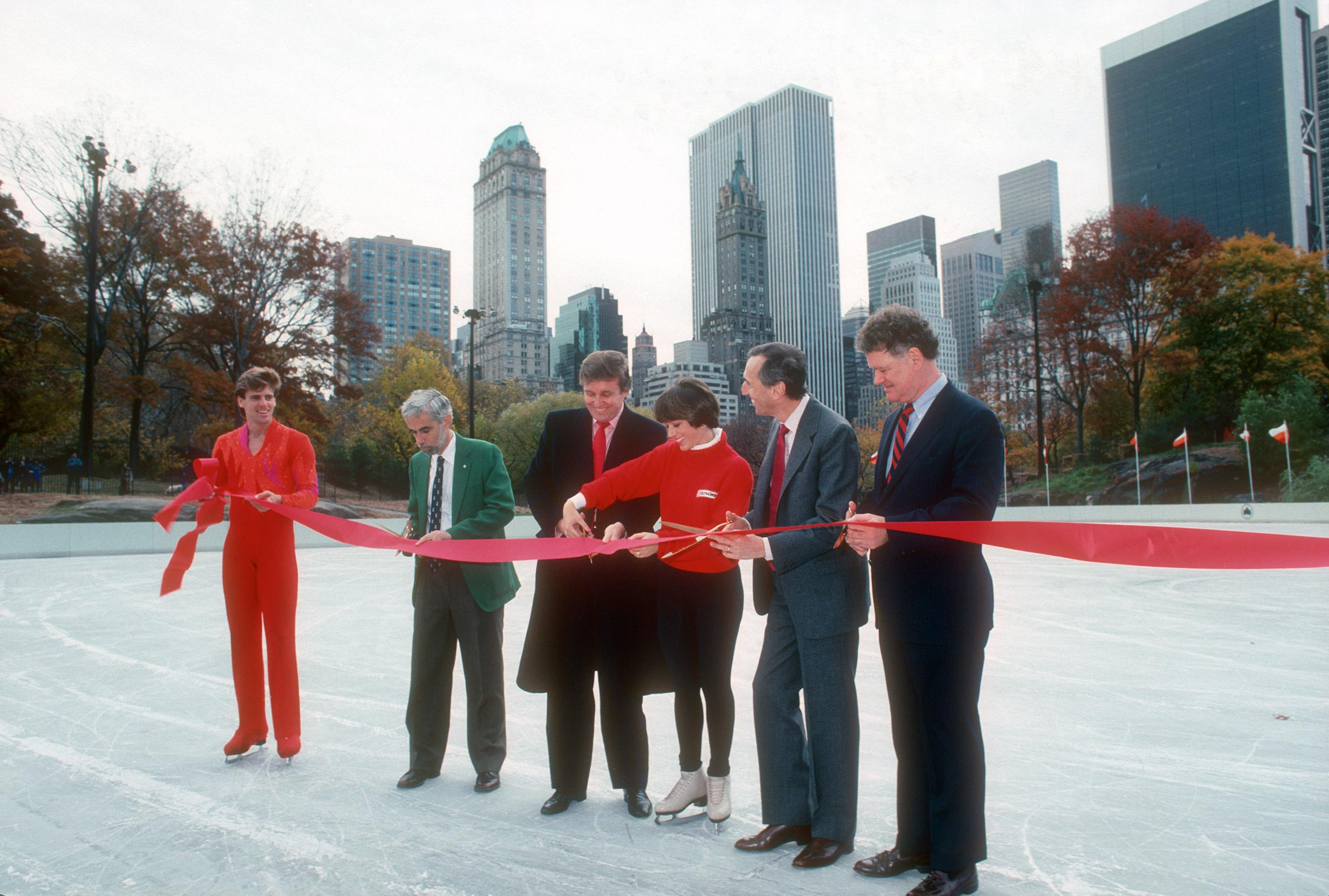 A 1980s New York City Battle Explains Donald Trump S Candidacy Bloomberg