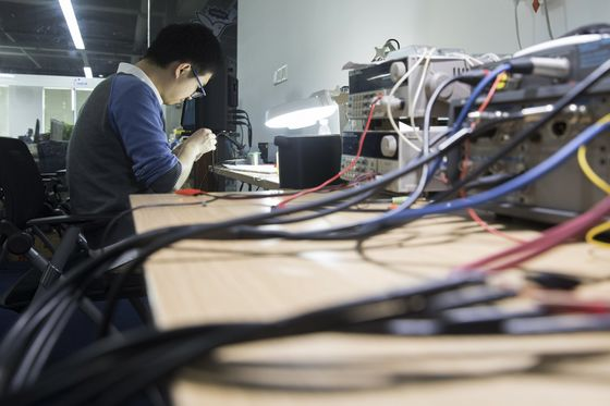 Chinese Phone Charger Giant Has Ambitions Beyond Ruling Amazon