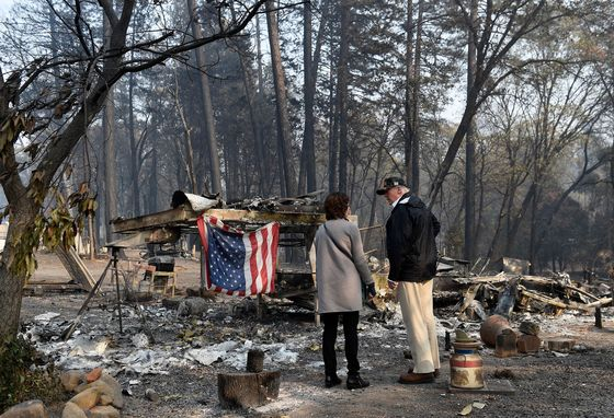 Trump Visits Community Badly Damaged by California Wildfires