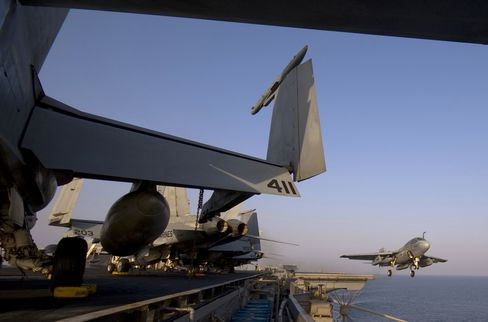 U.S. Leads Biggest Persian Gulf Mine Exercise in Signal to Iran