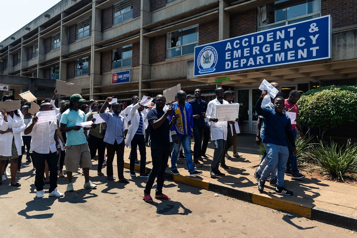 Zimbabwean Doctors Protest Against Abduction of Union Leader