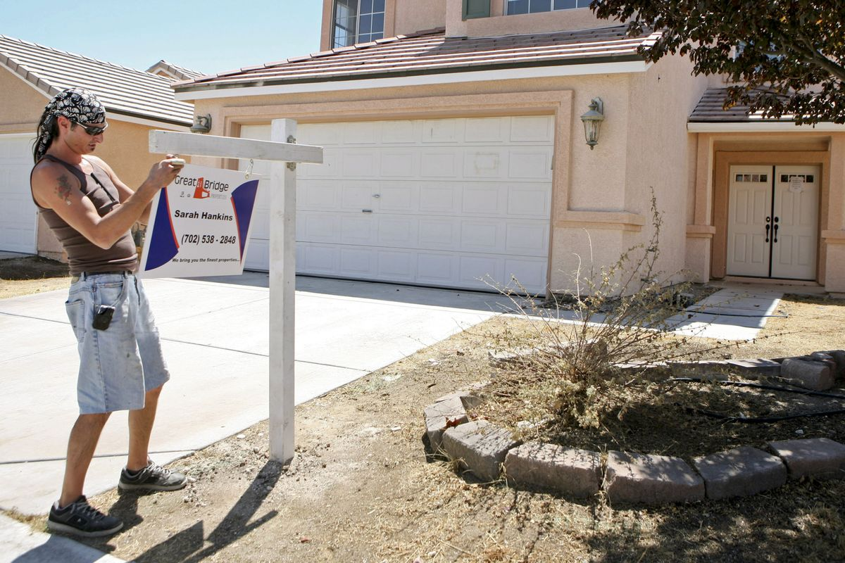 Mortgage Rate Dips Again, Pointing to a Rise in Refinancing Risk