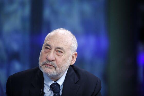 Stiglitz Urges Capitalism Rethink as Roubini Invokes Stagflation
