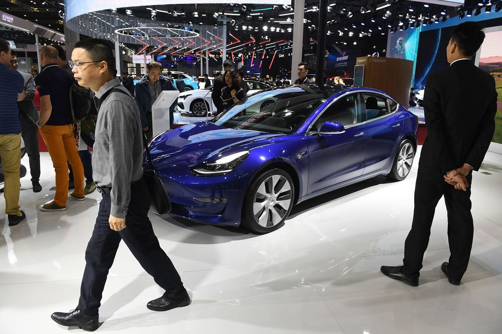 Tesla Opens Orders for Made-in-China Model 3, Lowers Price