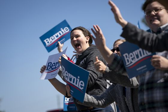Bernie Sanders Shows Strong Lead in Latest California Poll