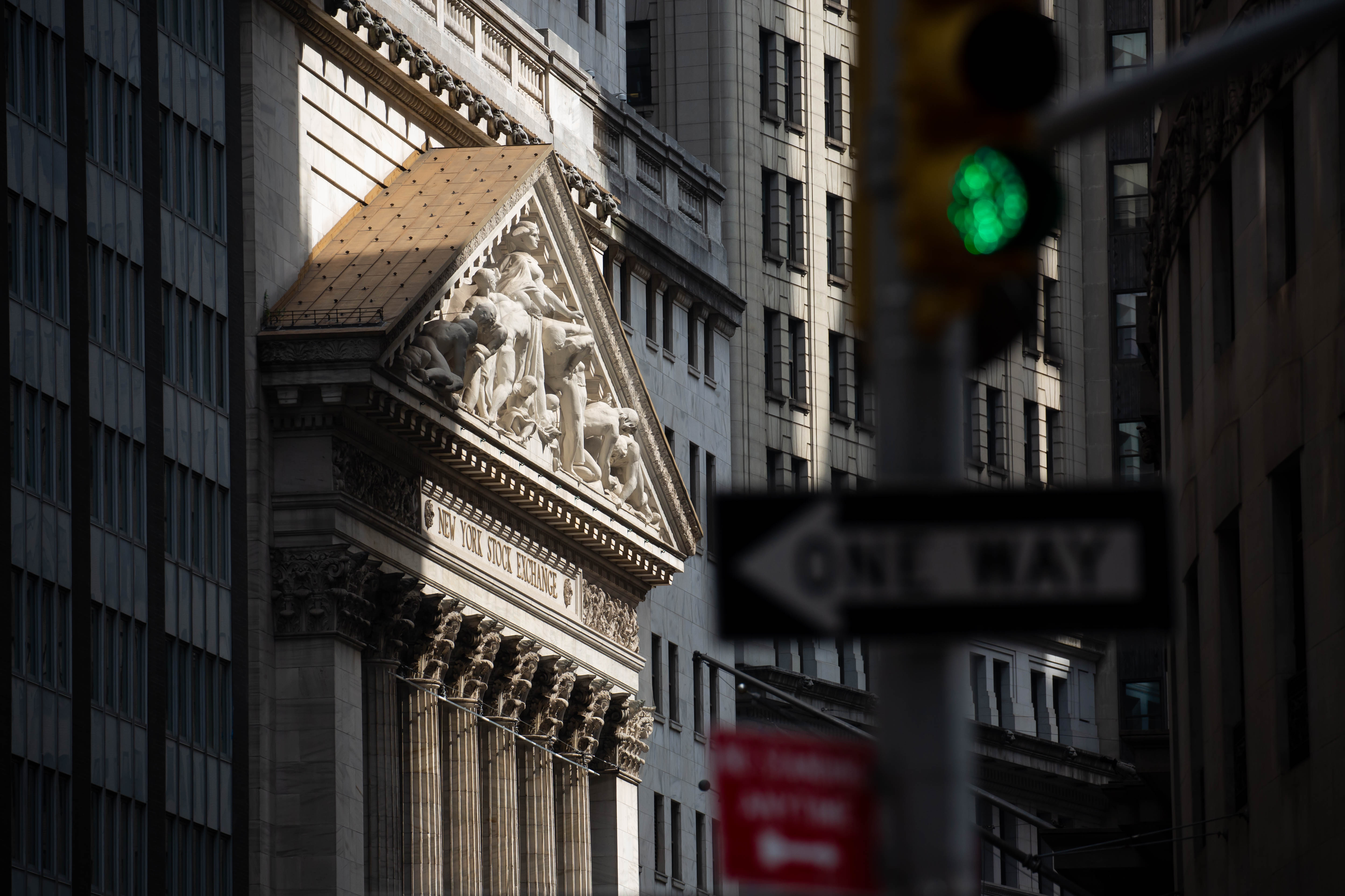 Record High For U S Stocks Leaves Rest Of The World Far Behind Bloomberg