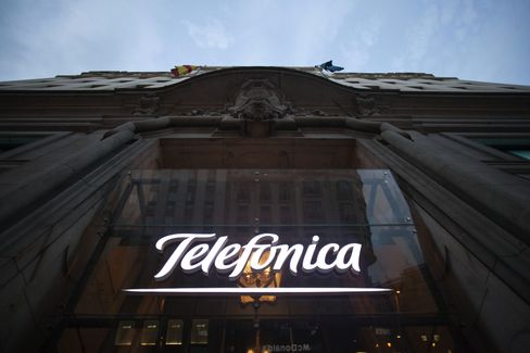 Telefonica Sells Stake in Central America Assets to Pare Debt