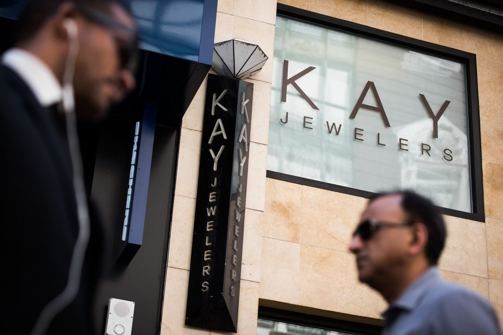 ec1266505 Signet (SIG) Earnings: Kay Jewelers Parent Has Work to Do - Bloomberg