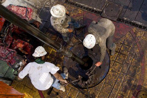 Pioneer Shale Oil Seen Fetching Near-Record Bid: Real M&A