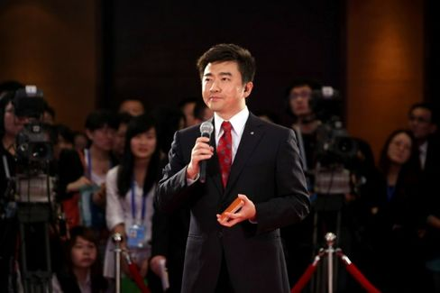 China Celebrity Newscaster Snared in Corruption Case
