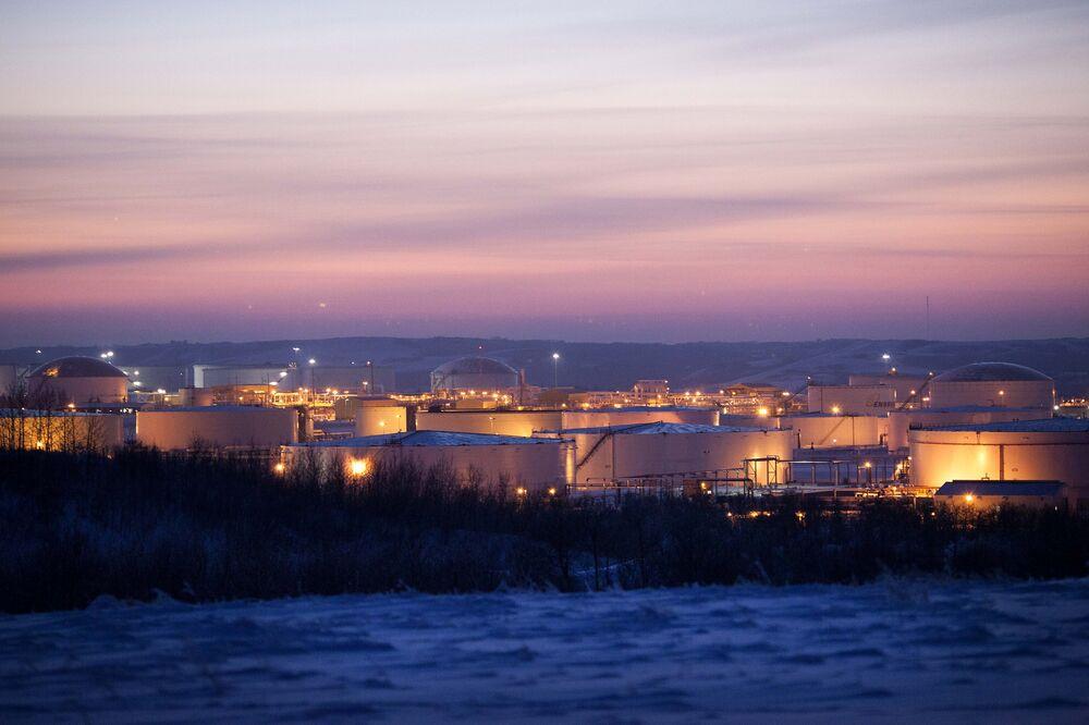 Keystone XL Pipeline Foes Sue to Void Trump's New Permit