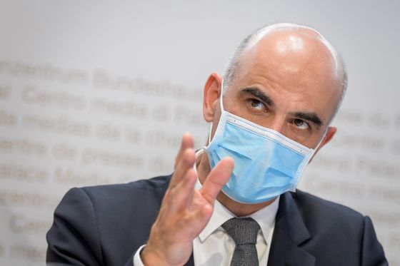 Super-Rich and Punctual Switzerland Is Also Behind on Vaccines