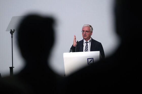 Deutsche Bank Leaders Face Investors' Ire Over Scandals, Shares