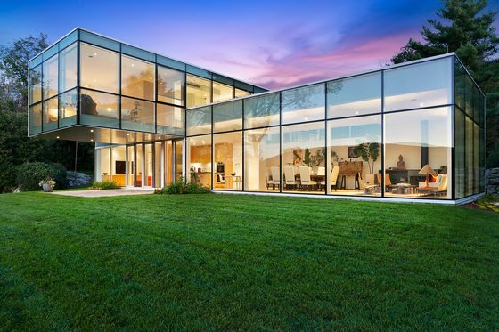 Eco-Friendly Mansions Can HoldHidden Bargains for Home Buyers
