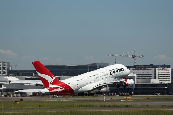 Airbus A380 Gets Another Blow as Qantas Scraps Superjumbo Order