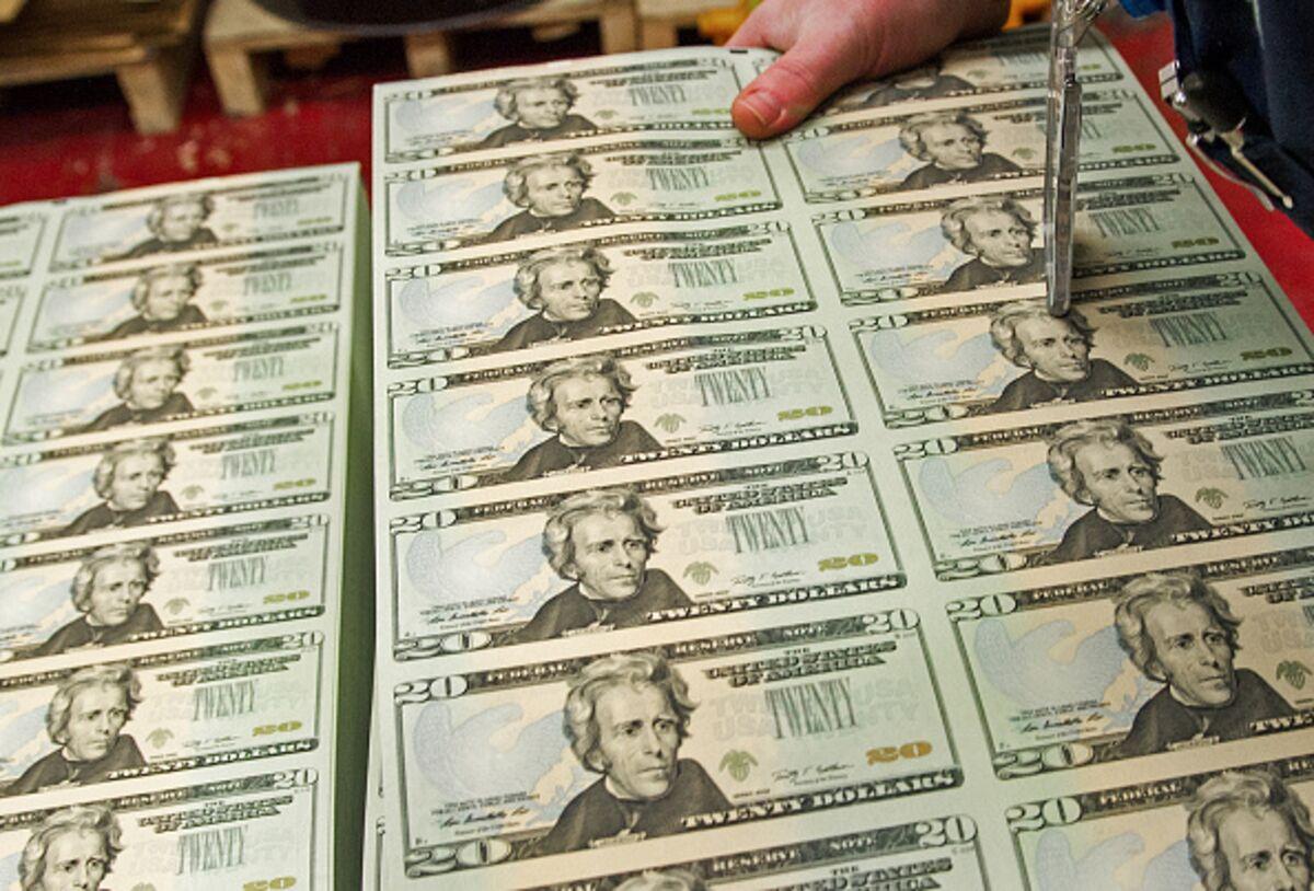 Tax Hikes on Rich Loom if Treasury Revives Hard Look at Estates