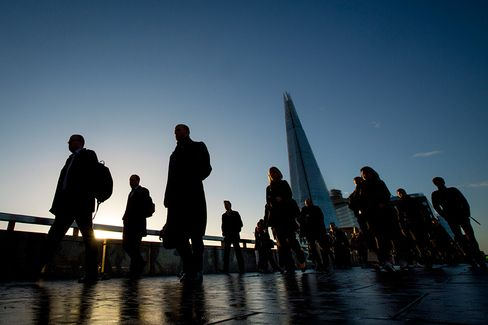 London Job Vacancies Squeezed by Legal Costs, Recruiter Says