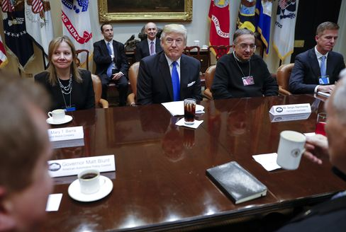 Trump, Barra, and Marchionne on Jan. 24.