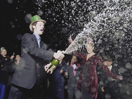 Eight Ways You're Drinking Champagne Wrong
