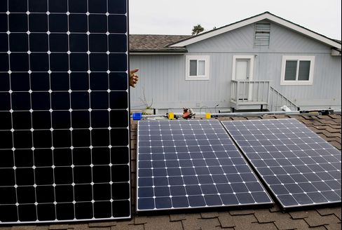 California Utilities Say Solar Raises Cost for Non-Users