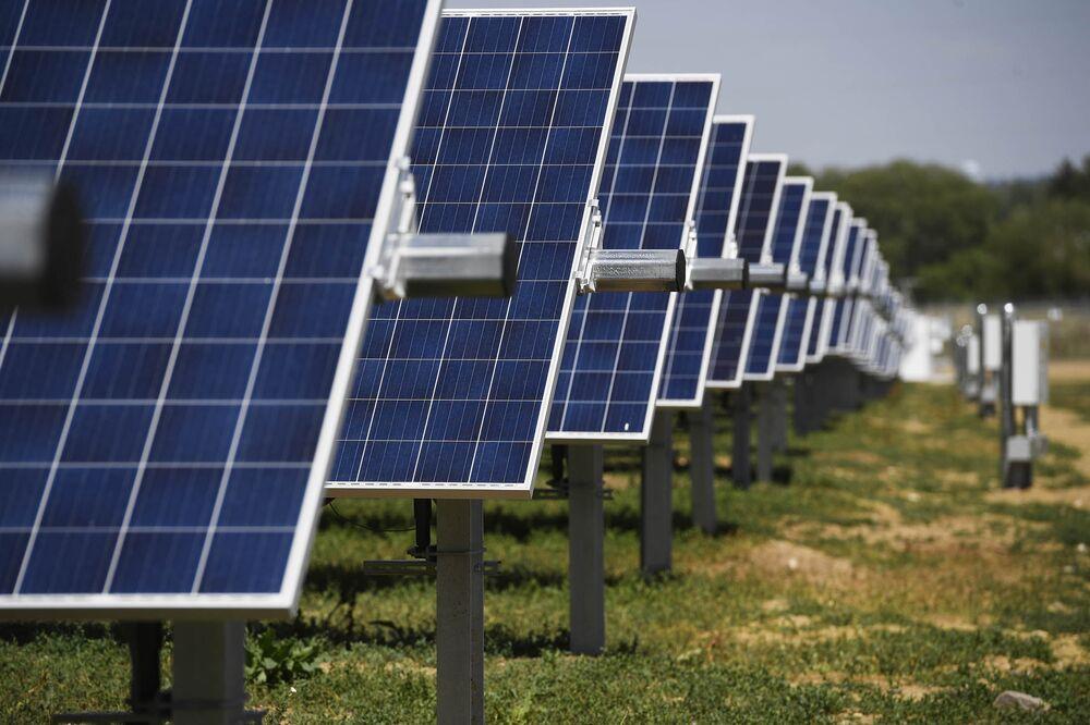 It's the Dawn of the Community Solar Farm