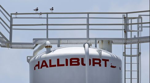 Halliburton Net Income Increases as Work Shifts to Onshore