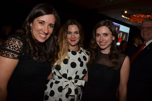 Drew Barrymore, center, with Weill Cornell Pediatrics chief residents Megan Toal and Rachel Reed
